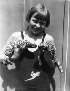 zombienormal:  Girl holding gila monsters, Venice Beach, California, probably 1930's.