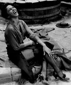 dorothy dandridge - 1959 photo: phil stern (on the set of porgy & bess)