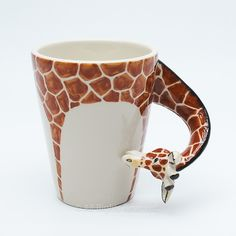 ☼: Giraffee Mug :☼: Original hand sculpt and hand paint Giraffee Mug This Mug using a durable Stoneware Clay high fired at 1,250 Degrees Celsius for more durability. Hand Sculpted and Pa