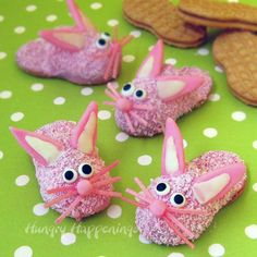 Turn Pink Fuzzy Slipper Cookies into Bunny Slipper Cookies for Easter- so cute! @Hungry Happenings holiday recipes and party food
