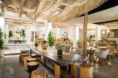 View photo gallery from our Prince Restaurant - Lounge Bar in Kamari, Santorini. See photos about our restaurant' interior, exterior and its dishes Kamari Santorini, Greek Restaurants, Restaurant Lounge, Best Places To Eat, Greece, Photo Galleries, Beautiful Places, Sweet Home, Wanderlust