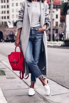I love a casual look for fall. This outfit is great for running errands around town or meeting your girlfriends. Looks Style, Looks Cool, Casual Looks, Casual Chic Style, Simple Style, Mode Outfits, Casual Outfits, Fashion Outfits, Womens Fashion