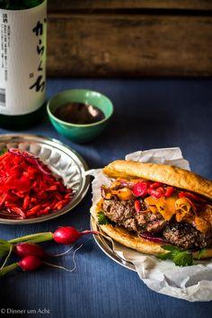 """""""Japan-Burger"""" mit Kürbis-Zwiebel Gemüse und einem Pickle aus Ur-Möhren und Radieschen   Dinner um Acht"""