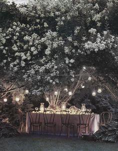 Small reception for an elopement via dwellingsanddecor.tumblr.com