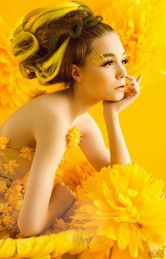 Stylish And Romantic Girls Images (12)