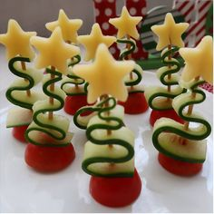 christmas recipe ideas christmas recipes holiday christmas recipe snacks holiday christmas food snacks for christmas day christmas dinner ideas desserts christmas desserts christmas ideas for food noel ideas for christmas decorations Christmas Party Food, Holiday Snacks, Xmas Food, Christmas Appetizers, Christmas Cooking, Christmas Desserts, Holiday Recipes, Christmas Decorations, Christmas Ideas
