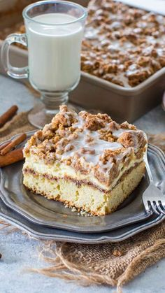 Coffee Cake recipe that you will make over and over again. A buttery cake, topped with cinnamon filling, vanilla cheesecake and a sweet streusel topping.