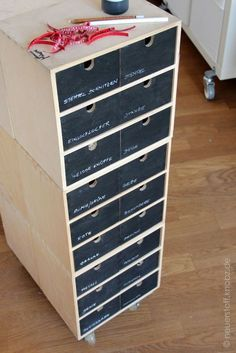 Moppe Mini Dressers Make Over - Also available as a practical storage for screws, . - Ikea DIY - The best IKEA hacks all in one place Hacks Ikea, Diy Hacks, Closet Ikea, New Swedish Design, Blackboard Paint, Narrow Shelves, Decoration Design, Blackboards, My New Room
