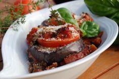 A padlizsán sosem volt a magyar konyha kedvenc zöldsége, de az olasz kaják és a vegetáriánus étkezés terjedése óta egyre népszerűbb. Meatloaf, Side Dishes, Paleo, Beef, Food, Meat, Meal, Essen, Side Dish