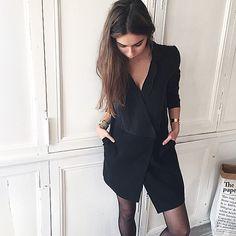 """working day 👩🏻💼 on craque pour cette robe """"Bonnie"""" de Margaux Lonnberg que l'on peut porter à la fois working/chic et décontracte ! Elle est dispo sur ✖️www.shopnextdoor.fr✖️😻#shopnextdoor #margauxlonnberg #onlineshop #fashion #love #ootd"""
