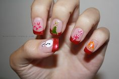 Super cute Christmas nails!