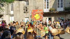 Os Folións de Entroido… en pleno mes de Agosto!🥁🥁🥁 Street View, Blog, Month Of August, Musica, Blogging
