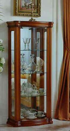 Vitrina Home Decor Kitchen, Decor, Living Room Table Sets, Curio Cabinet Decor, Crockery Cabinet Design, Crockery Unit Design, Wooden Sofa Designs, Cabinet Decor, Furniture Design