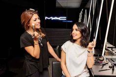 #العنود بدر #زهرة ليلى في جلسة تصويريّة مع #MAC حول خدمات تطبيق #المكياج التي تقدمها العلامة