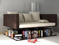 Com esse sofá diferente, você nem precisa se levantar para trocar o livro que está lendo - Ademilar