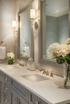 42 Chic Design Ideas to Rejuvenate Your Master Bathroom: www.homeawakening… Are you looking for small bathroom decorating ideas? Dream Bathrooms, Beautiful Bathrooms, Modern Bathroom, Small Bathroom, Bathroom Mirrors, Bathroom Faucets, Big Mirrors, Bathroom Sconce Lighting, Bathroom Things