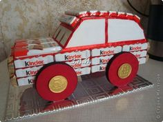 the car for boys Birthday Presents For Men, Friend Birthday Gifts, Cute Gifts, Diy Gifts, Food Gift Cards, Minnie Mouse Toys, Candy Crafts, Chocolate Bouquet, Candy Party