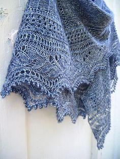 Ravelry: L'Envolée pattern by Christelle Nihoul