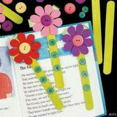 DIY Flower Book Marks easter diy craft crafts easy crafts craft idea diy ideas easy diy kids crafts home crafts diy craft easter crafts Kids Crafts, Toddler Crafts, Preschool Crafts, Projects For Kids, Diy For Kids, Diy And Crafts, Paper Crafts, Easy Crafts, Popsicle Stick Crafts