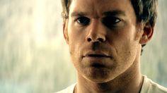 Dexter Morgan da Dexter  é assassin seriale sociopatico. Potrebbe esser un buon padre?