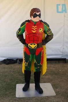 Robin made of Legos Cartoon Network Adventure Time, Adventure Time Anime, Legos, Lego Batman, Superhero, Spiderman Pictures, Big Lego, Lego Sculptures, Amazing Lego Creations
