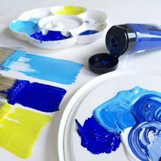 KREUL Acryl Farben Palette Blau Gelb Icing, Palette, Freundlich, Desserts, Instagram, Deep Blue, Blue Yellow, Light Blue, Acrylic Art
