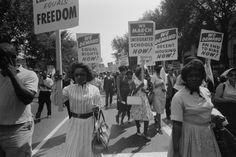 The civil rights movement was an organized effort by black Americans to end racial discrimination and gain equal rights under the law. It began in the late Us History, Women In History, History Museum, History Education, Modern History, Black History People, Education Issues, Oral History, History Class