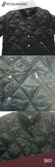 """Guess black quilted puffer jacket Beautiful fleece lined puffer jacket from Guess Jeans. In excellent condition. Laid flat Measures approx: armpit to armpit-19"""", length-22.5"""", sleeve-26.5"""" Guess Jeans Jackets & Coats"""