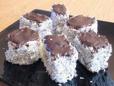 Tăvălită cu cremă - reţetă culinară Krispie Treats, Rice Krispies, Romanian Food, Coco, Bakery, Muffin, Sweets, Breakfast, Desserts