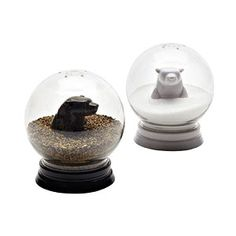 Snow globe salt+pepper shakers