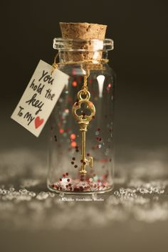 you hold the key to my heart, padlock and key, message bottle, tiny message in a… - Valentine's Day Cute Valentines Day Gifts, Valentines Gifts For Boyfriend, Boyfriend Gifts, Girlfriend Gift, Birthday Ideas For Girlfriend, Kids Valentines, Boyfriend Birthday, Creative Gifts For Boyfriend, Handmade Gifts For Boyfriend