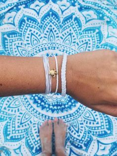 White & Gold Turtle | Pura Vida Bracelets