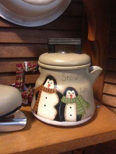 Penguin teapot painted by Sharren