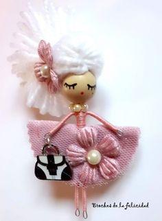 Delafelicidad - BROCHE muñeca colección Coletas. - Broche Broches De La Felicidad