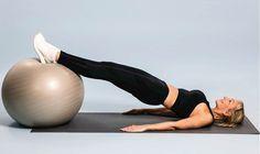 Danmarks ukronede fitnessdronning deler sine yndlingsøvelser til balder af stål, flad mave og faste arme.