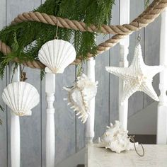 Beach style christmas decorations - Sea and Beach Inspired Coastal Christmas Decor Collections – Beach style christmas decorations Beach Style Christmas Decorations, Coastal Christmas Decor, Nautical Christmas, Tropical Christmas, Noel Christmas, Xmas Decorations, Coastal Decor, Holiday Decor, Beach Christmas Trees