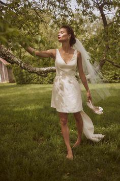 Sachin & Babi Archie Dress - BHLDN Second Wedding Dresses, Vintage Inspired Wedding Dresses, Minimalist Wedding Dresses, Wedding Dresses Plus Size, White Bridal Shower Dress, Wedding Dresses Pinterest, Traditional Gowns, Bhldn Wedding, Little White Dresses