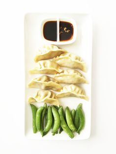 I've been debating buying a bamboo steamer for a good long while now since I've been in full on wonton mode, and there isn't any better (or healthy) way to make potstickers or dumplings other than by steaming them. Needless to say, I finally broke down and got the steamer. I love it too becaus