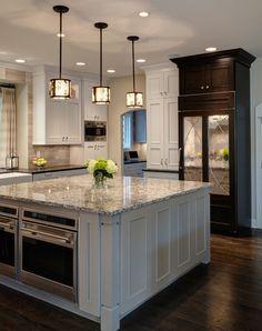 Drury Design, Glen Ellyn, IL. Terrific kitchen.