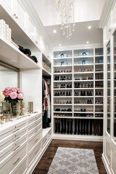 Closet Boot Camp: 5 Pro Tips to Getting The Perfect Closet : Giant walk in closet! Look at all that shoe storage! Closet Book Camp: 5 Pro Tips to Getting The Perfect Closet Custom Closet Design, Walk In Closet Design, Closet Designs, Custom Closets, Diy Custom Closet, Custom Design, Walking Closet, Closet Shoe Storage, Closet Organization