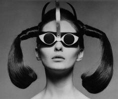 Pierre Cardin eyewear, And lady gaga thought her sunglasses were rad! Pierre Cardin, Ray Ban Sunglasses Sale, Cat Eye Sunglasses, Vintage Sunglasses, Sunglasses 2016, 1960s Fashion, Vintage Fashion, Crazy Fashion, Women's Fashion