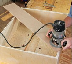 How to Stabilize a Router on a Rabbeted Recess When Building a Cabinet is part of cabinet Table How To Build - When building cabinetry, a bit of long, flat scrap wood can help you stabilize your router for cutting rabbeted recesses in the back panel Woodworking Tools For Beginners, Woodworking Saws, Learn Woodworking, Woodworking Supplies, Woodworking Workshop, Wood Working For Beginners, Woodworking Techniques, Woodworking Projects, Wood Router