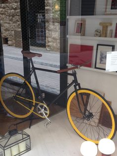 Yellow Fixie Bike! #Fixie #mehappymehappyebs #mehappymehappy