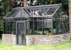 http://solarinnovations.com/wp-content/uploads/2012/08/Delaney-English-Conservatory1.jpg