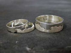 20 Nerdy Wedding Rings - From Fingerprint Wedding Bands to Relationship Status Rings (CLUSTER)