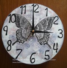Hermoso reloj de mariposa mariposa flores hecho a mano