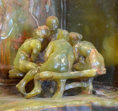 La Confidence ou Les Causeuses ou Les Bavardes (1897) par Camille CLAUDEL (1864-1943) - Onyx - Musée Rodin, Paris. Photo Hervé Leyrit.