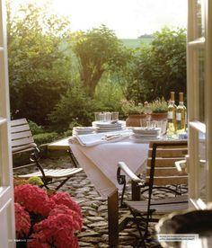"Al Fresco Dining. Italian for ""Fresh Air."" Homestead Revival"