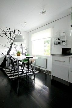 I want this tree on my kitchen wall
