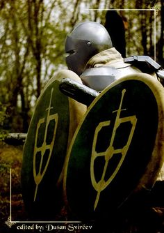 #GreenBanner #Larp #Roleplay #Armor #Medieval #handmadeweapon #Weapons #craftsmanship #Knights #Althemy greenbanner.althemy.com